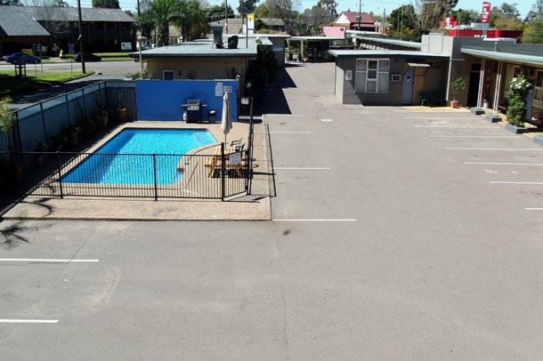 Singleton | Singleton Accommodation, Country Motor Inn Singleton, NSW, AUS, 2330
